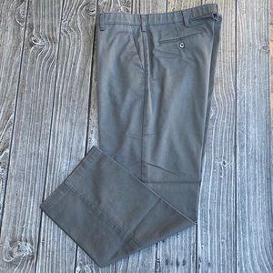 Men's Lee Custom Fit Straight Fit Flat Front Pants